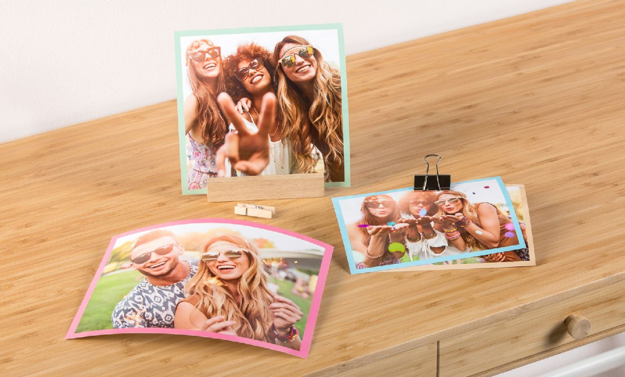 Instant prints with border