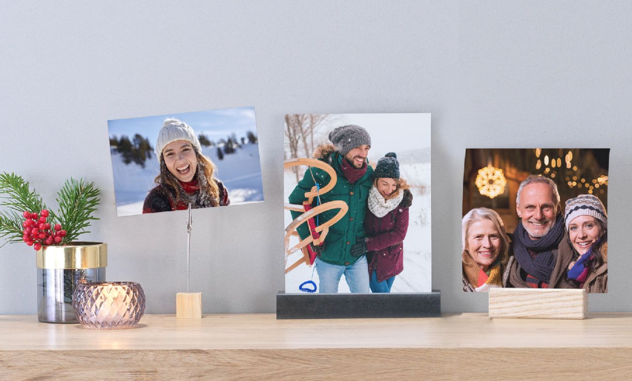 "photos of family members printed as 6x4"" and square photo prints"